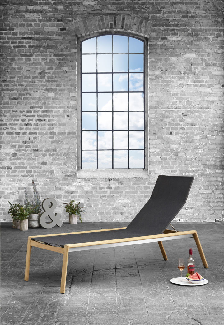 gartenliege solpuri safari liege teakholz textilene sonnenliege vom swimmingpool fachh ndler. Black Bedroom Furniture Sets. Home Design Ideas