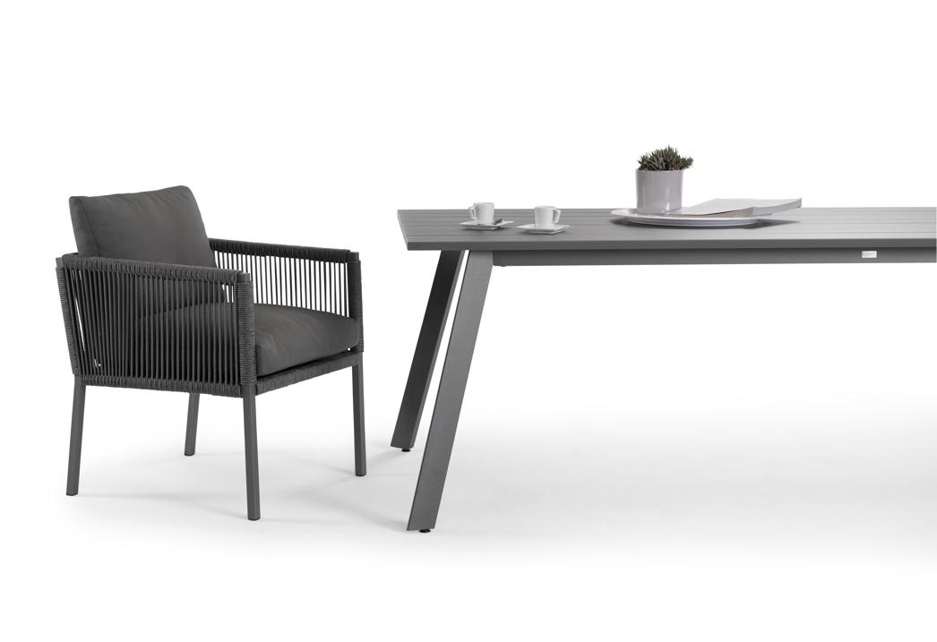 sitzgruppe solpuri club gartenm bel set 1 anthrazit aluminium mit kissen vom swimmingpool. Black Bedroom Furniture Sets. Home Design Ideas