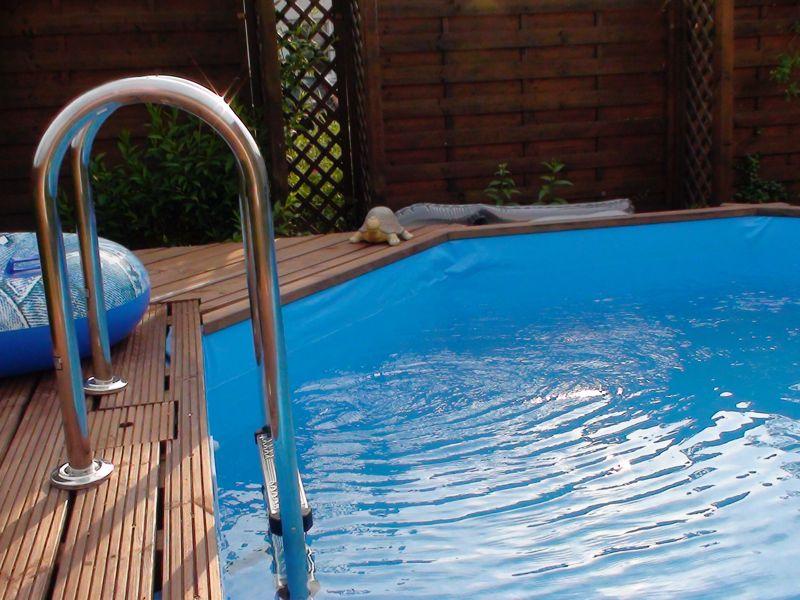 Swimmingpools f r den garten vom swimmingpool fachh ndler for Garten pool leiter