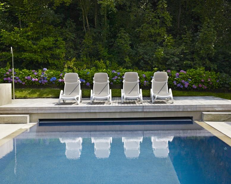 gartenliege nardi alfa wei trama weiss liege poolliege kunststoffliege vom swimmingpool. Black Bedroom Furniture Sets. Home Design Ideas