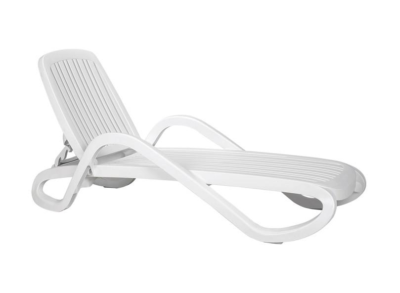 gartenliege nardi eden stapelliege wei poolliege kunststoffliege vom swimmingpool fachh ndler. Black Bedroom Furniture Sets. Home Design Ideas
